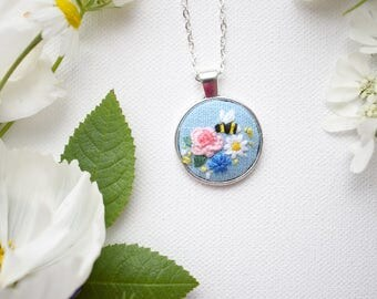 Hand Embroidered Floral Bee Pendant, Flowers Necklace, Floral Embroidery, Bee Necklace, Hand Embroidered Pendant, Summer Garden