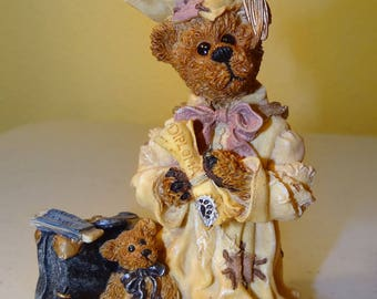 Boyds Bears & Friends, Bearstone Collection, Bailey....the Graduate - Carpe Diem