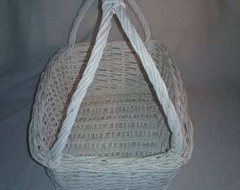Old Vintage White Woven Wicker rectangle Basket - with sturdy Handle