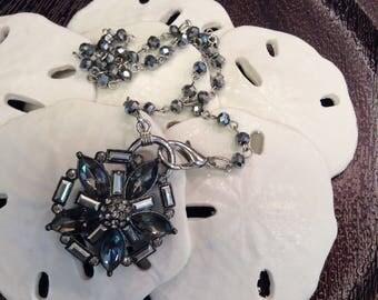 Art Deco design flower pin necklace