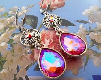 Earrings dangle drop rhinestone pink and silver metal.