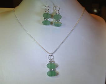 Aventurine set earrings and pendant on a thin chain
