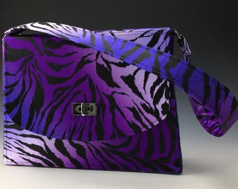 Sleek and Chic satin purse in Purple Tiger print