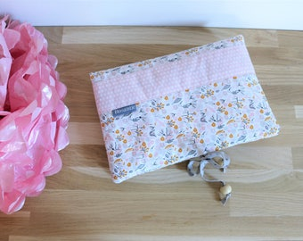 Flowers and dots, baby wipes storage change diapers