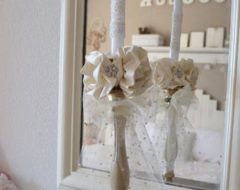 Shabby chic candle holder and these silk flowers