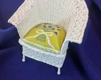 Dollhouse Chair Miniature Chair Dollhouse Miniature Wicker Chair Miniature Dollhouse Furniture 1/12 Scale Artisan