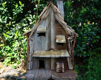 Natural Rustic Wood Birdhouse