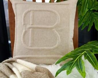 "Monogram ""B"" pillowcase"