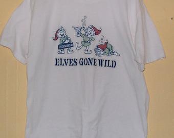 Fun Christmas  ELVES Gone Wild  T-Shirt size L 100% pre shrunk cotton league funny dad party Vintage tee