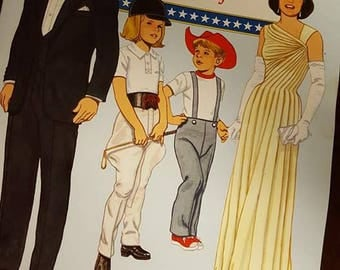 John F. Kennedy and His Family Paper Doll Book
