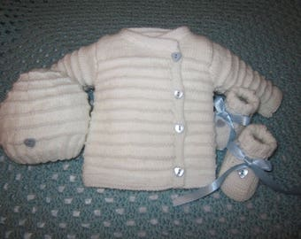 All baby wool jacket/Cardigan booties heart-shaped blue handmade baby bonnet