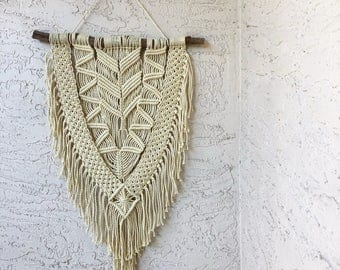 Large Macrame Wall Hanging on a Foraged Branch, Woven Wall Hanging, Boho Hippie Tapestry, Bohemian Home Decor, Macrame with Fringe