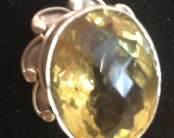 pendent silver and yellow quartz