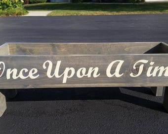 Story Book Bench