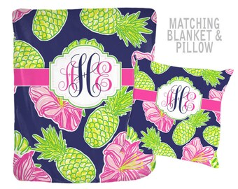 Pineapple Monogram Blanket -Lilly Pattern Design, Personalized Flower Nursery, Hibiscus Quilt -Baby Shower Gift-Swaddle Blanket Pillow Set