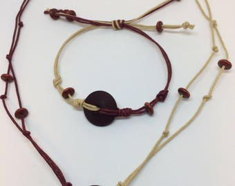 Wood & cordon necklace