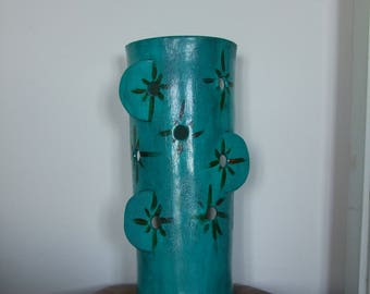 Pottery clay to put light turquoise