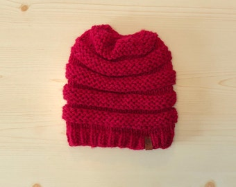 red knit hat (adult)