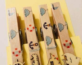 Magnetic pegs with seaside theme and wooden embellishments