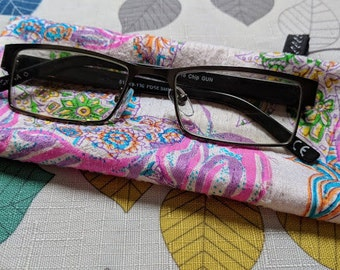 Silk Eyeglass Pouch, Reading Glasses pouch, Glasses Cover
