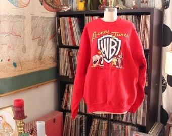 vintage Looney Tunes sweatshirt autographed by Teri Hatcher . signed Warner Bros memorabilia, unisex xl