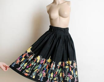 Vintage 1950s Novelty Print Skirt - Black Rainbow Sketches of Scarecrow Circus Clown Rodeo Animals and People - Border Print - Small