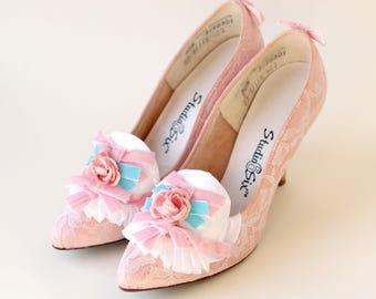 Marie Antoinette shoes, Pink vintage heels, Upcycled vintage shoes, Unique Wedding shoes, Embellished bridal shoes, Size 5