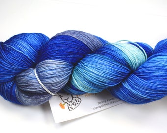 Singn' the Blues--hand dyed heavy lace/light sock weight yarn, superwash Merino(822ds/150gm)