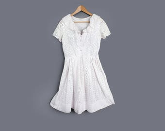 40's White Cotton Eyelet Vintage Dress