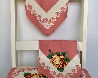 Set of 4 Vintage Cloth Napkins, Midcentury Yellow Rose on a Salmon Pink Flowered Background