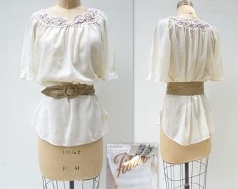 Boho White Top White Lace Top Vintage White Blouse 70s Vintage Blouse Bell Sleeve Top Vintage White Top 70s Vintage Top 1970s Blouse s, m