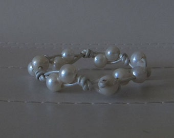 Pearl White Knotted Leather Bracelet with Freshwater Pearls