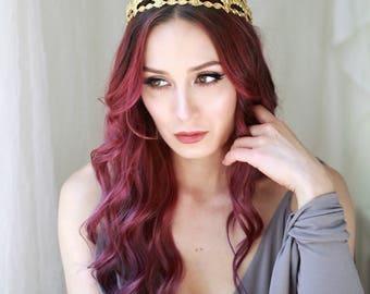Gold crown headpiece, medieval wedding tiara, bridal halo, gold wedding hair piece, royal headpiece, golden circlet, wedding hair accesory