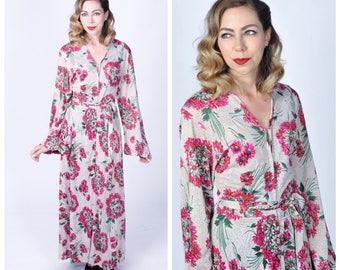 Vintage 1940's Floral Print Rayon Jersey Long Hostess Dress/ 40's Zipper Front Long Sleeve Dress Size Medium