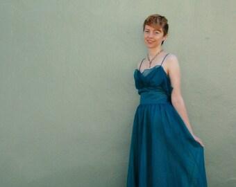 Gunne Sax Dress / Gunnie Sax Dress / Mermaid Dress/ Swiss Dot / 80s Prom Dress / 80s Formal Dress / 80s Party Dress/