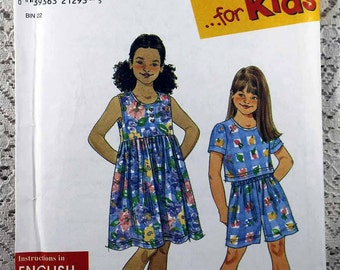 Simplicity 8042, Girls' Dress, Top and Shorts Sewing Pattern, Girls' Summer Pattern, Easy Girls' Pattern, Girls' Size 7 - 16, Uncut