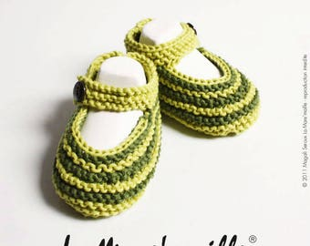 Green striped organic cotton baby booties by hand the Mare' mesh