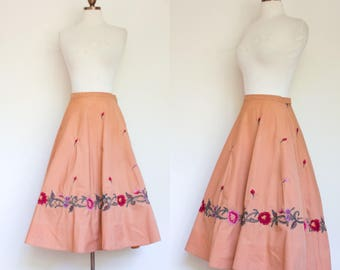 vintage 1950s embroidered floral circle skirt / 50s full skirt with floral embroidery / S