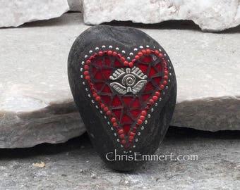 Mosaic Rock, Mosaic Red Heart, Mosaic Garden Stone, Heart Mosaic Paperweight / Garden Stone