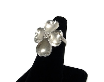 Sterling Dogwood Flower Ring, Stuart Nye, Size 7, Vintage Jewelry, Sterling Silver, Made in USA