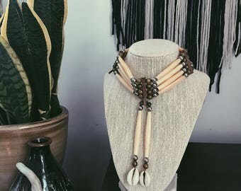 1970s Native American Bone and Bead Choker Necklace