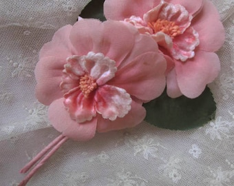 Pretty Vintage Artificial Pink Flowers. Corsage. Millinery Blooms. Hair Accessory. Craft Supply.