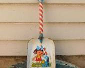Vintage Ohio Art Tin Litho Kid's Toy Shovel