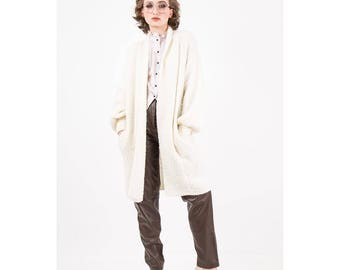 Vintage sweater coat / 1980s Off white boucle over sized open long cardigan / Bishop sleeves / Chunky knit duster / One size
