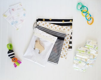 Diaper Bag/Nappy Bag Organizing Pouches- Set of 4 Zippered Bags (Black & Gold)