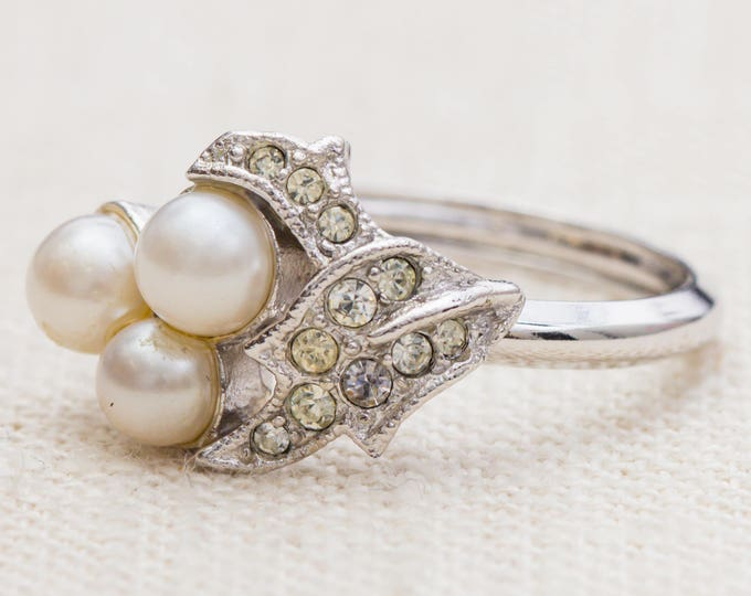 Pearl and Rhinestone Vintage Ring Silver Pave Setting Avon Adjustable US Womens Size 7.5 to 9 7RI