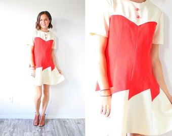 Vintage Mod red short sleeve dress // modest dress // 60's dress // mod dress button down 50's 60's dress // Small dress // christmas dress