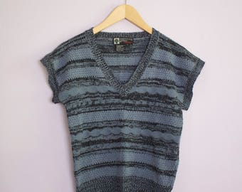 Vintage 1970's Blue Stripe Cap Sleeve V Neck Sweater S