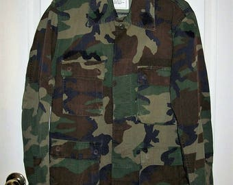 Vintage Camouflage Light Field Jacket Military Issue Small Only 12 USD
