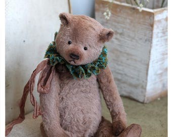 Classic Teddy bear Daron 19 cm OOAK